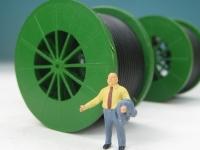 DUHA 11367 B - 3 grüne Metallkabeltrommeln mit Kabel