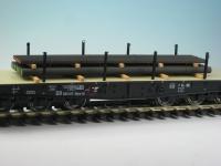 DUHA 18426 - Stahlprofile und Eisenstangen, gestapelt