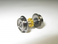 Fleischmann N - Radsatz mit Vollscheibenrädern Ø 8,36 mm und Nut