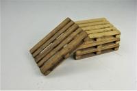 41203 A - Gealterte Europaletten (4 Stück) - Handarbeit aus Echtholz im Maßstab 1:32, Spur I